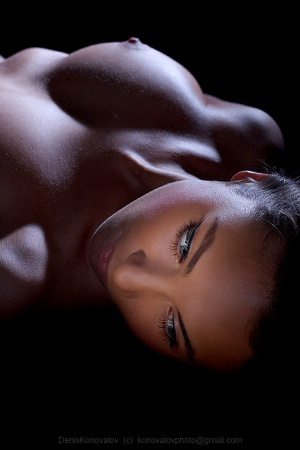woman-nude-breast